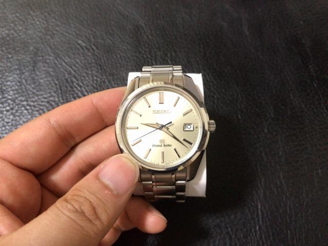 watch-battery-change-16