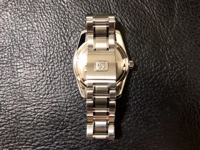 watch-battery-change-31