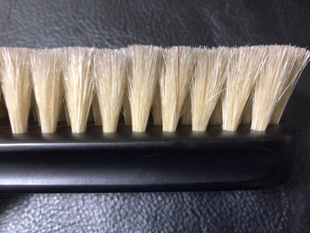 boot-black-horsehair-brush-3