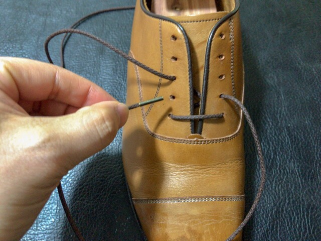 exchange-shoelaces-9