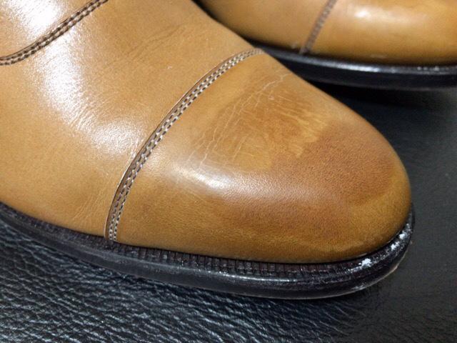 saphir-noir-shoe-shine-26