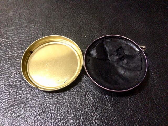 bees-wax-polish-15