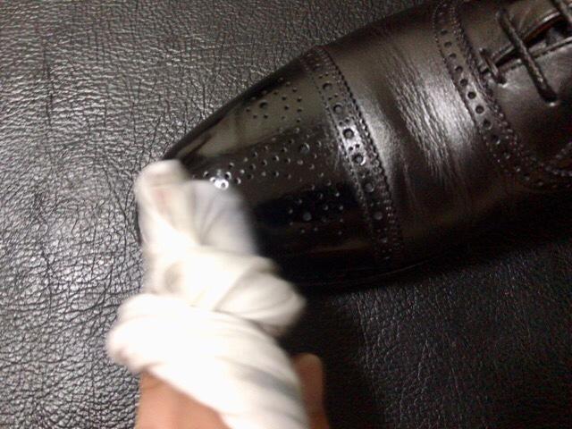 bees-wax-polish-27
