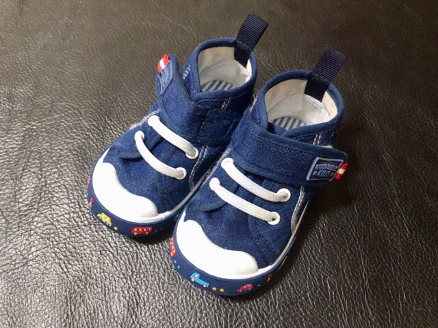 clean-child-shoes-10
