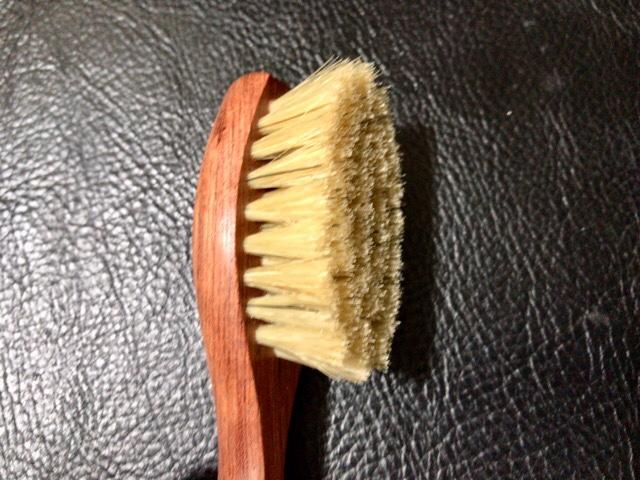 bristle-handle-brush-5