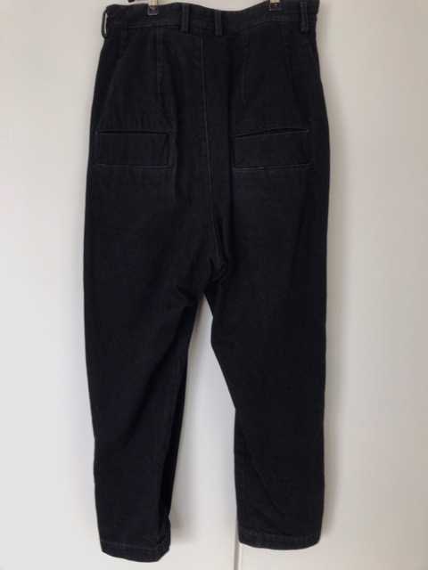 dulcamara-black-denim-pants-12