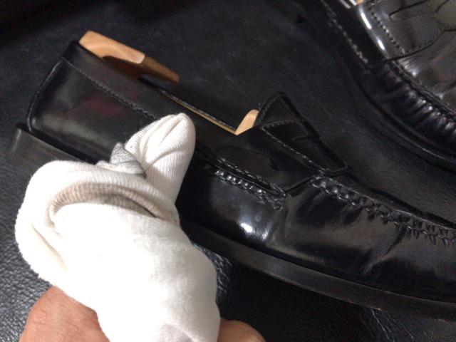 cole-haan-shoe-shine-6