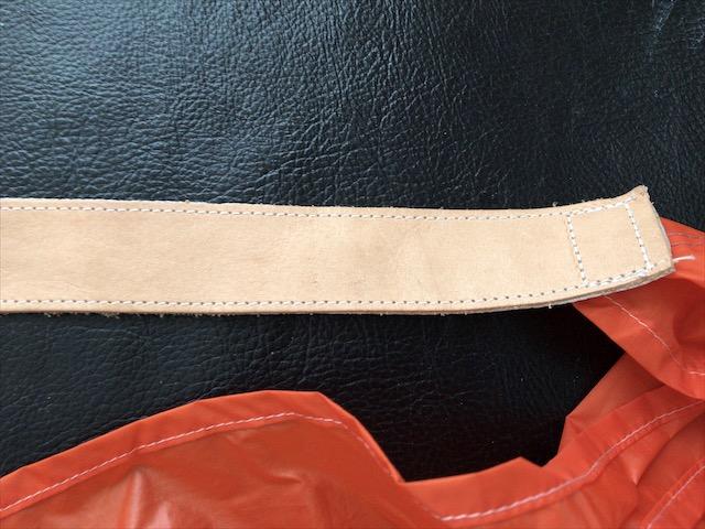 care-light-color-leather-3