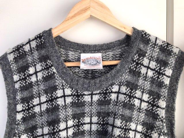 jamiesons-knit-vest-3