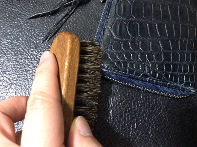leather-wallet-edge-color-4