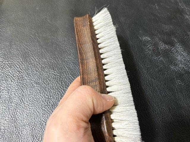 hands-delicate-brush-7