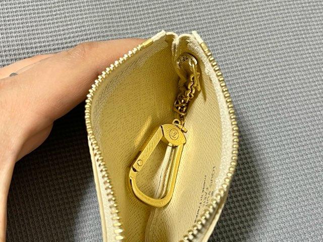 key-pouch-damier-azur-11