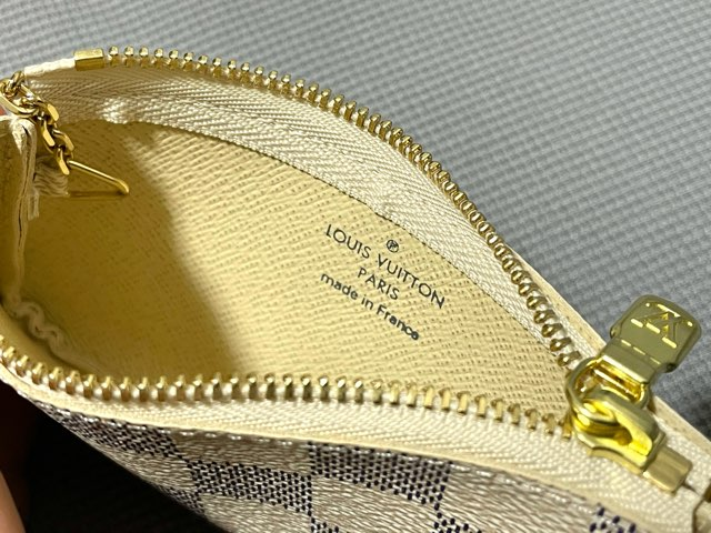 key-pouch-damier-azur-9