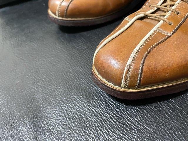 leather-edge-liquid-16