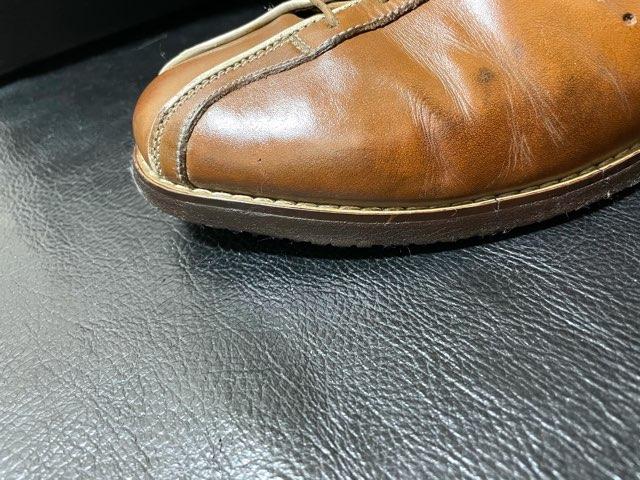 leather-edge-liquid-18