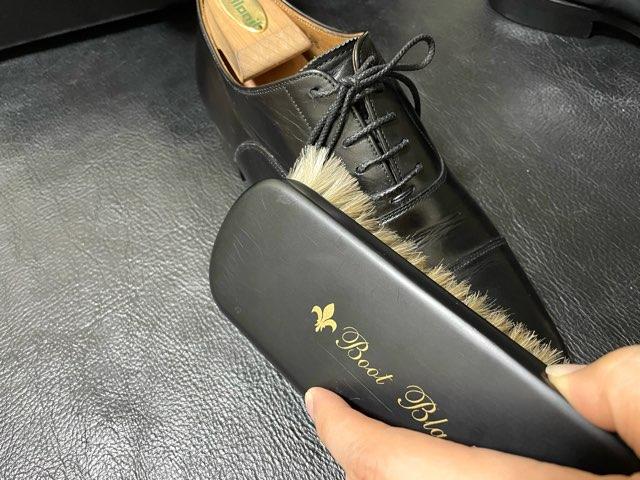 supreme-cream-shoe-shine-5