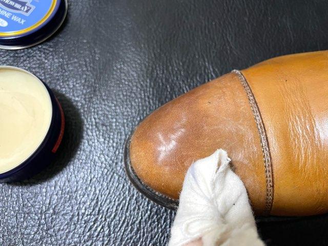 compare-wax-mowbray-noir-18