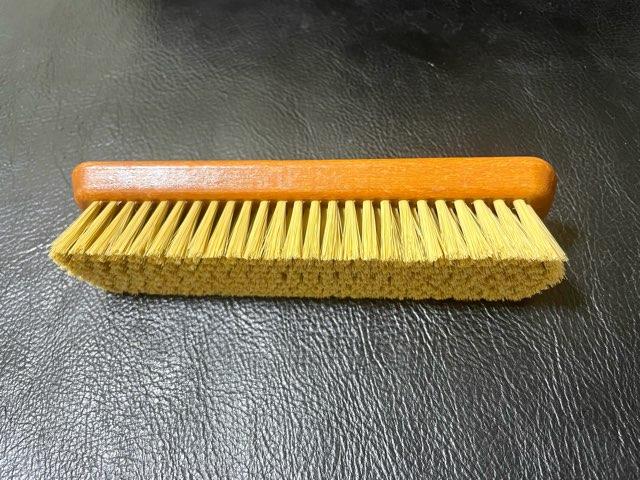 pro-white-brush-3