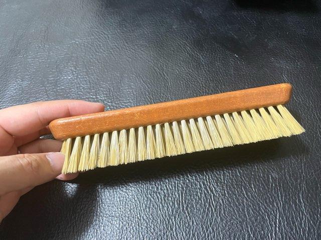 pro-white-brush-5