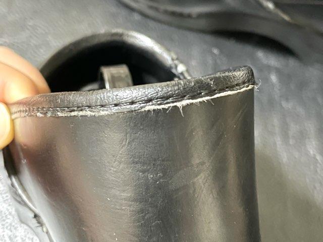 self-repair-shoe-opening-3