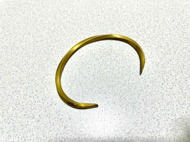 how-attach-bangle-18