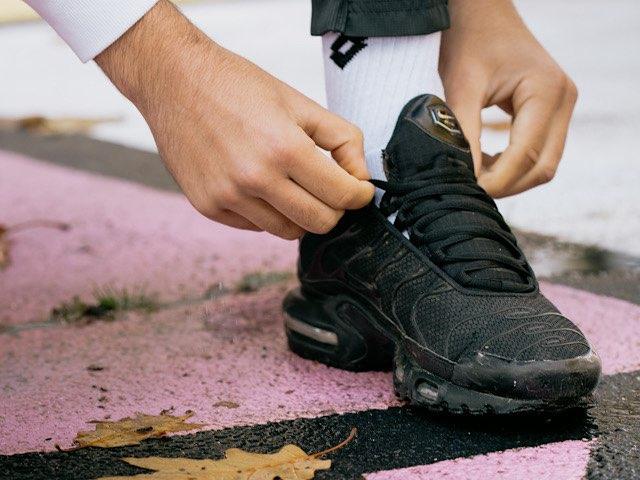 strong-unite-shoelace-26
