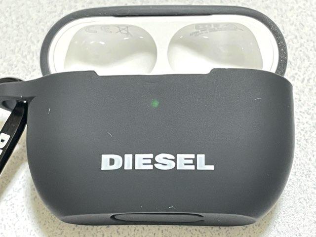 diesel-airpods-pro-case-12