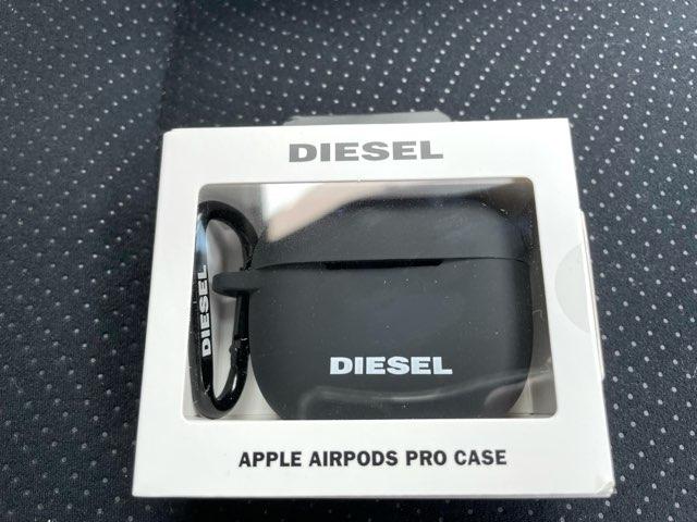 diesel-airpods-pro-case-2