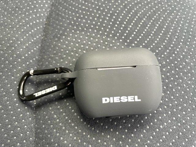 diesel-airpods-pro-case-5