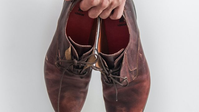 home-delivery-shoes-cleaning-12